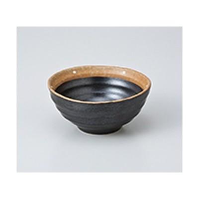 小付 和食器 / 黒ドット 小付 寸法:9 x 4cm