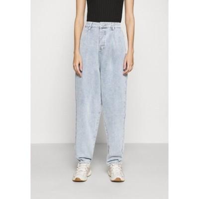 ミスガイデッド デニムパンツ レディース ボトムス HIGHWAISTED PLEAT FRONT SLOUCH - Relaxed fit jeans - light blue