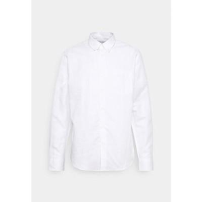 タイガーオブスウェーデン メンズ ファッション SANKT - Shirt - pure white
