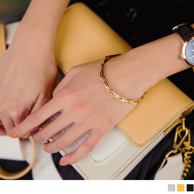 鋸齒角度交錯設計手環