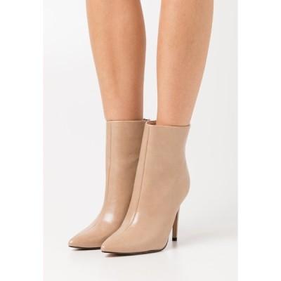 ベボ ブーツ&レインブーツ レディース シューズ BENTLEE - High heeled ankle boots - beige