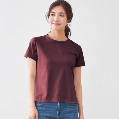 丸みを隠す大人仕立てTシャツ