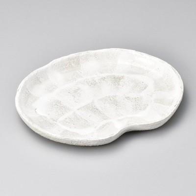 和食器 乳白志野 雲形皿 18×14×2.3cm 楕円皿 オーバル 焼き物 うつわ 陶器 おうち カフェ おしゃれ 軽井沢 春日井