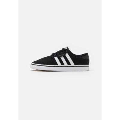 アディダスオリジナルス スニーカー メンズ シューズ SEELEY SPORTS INSPIRED SHOES - Trainers - core black/footwear white