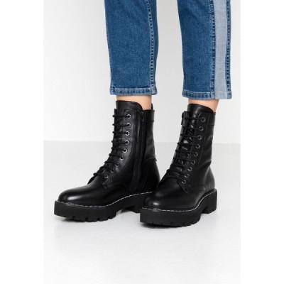 マルコポーロ ブーツ&レインブーツ レディース シューズ Platform ankle boots - black