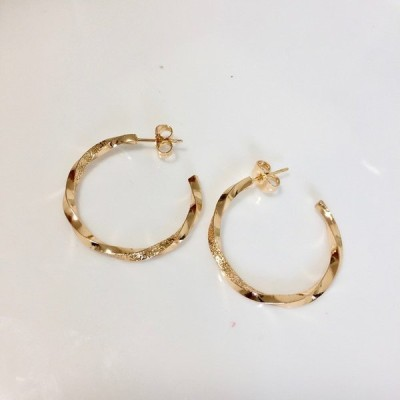 7081 フープピアス シンプルフープピアス  hoop earrings ゴールド シルバー アレルギー対応 高級感フープピアス 上品なフープピアス