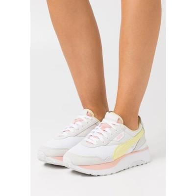 プーマ レディース 靴 シューズ CRUISE RIDER SILK ROAD - Trainers - white/nimbus cloud