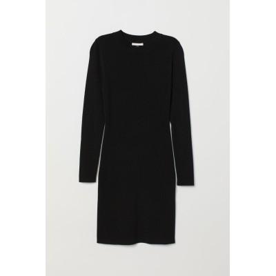 H&M - フィットワンピース - ブラック