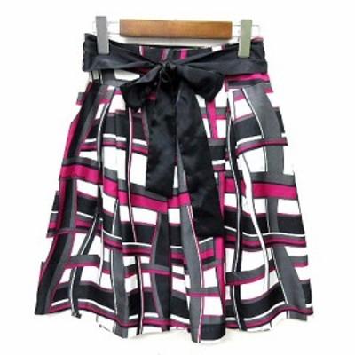【中古】未使用品 クイーンズコート QUEENS COURT スカート サテン 幾何学模様 タック プリーツ フレア ひざ丈 リボン 1 レディース