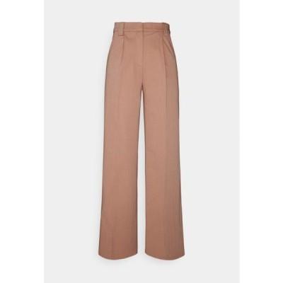 レディース ファッション YASWIRA PANTS - Trousers - cameo brown