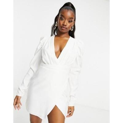 インザスタイル レディース ワンピース トップス In The Style pleat puff sleeve wrap dress in white
