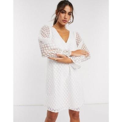 ヴィラ Vila レディース ワンピース Vネック ミニ丈 ワンピース・ドレス v neck mini dress in white daisy print ホワイト