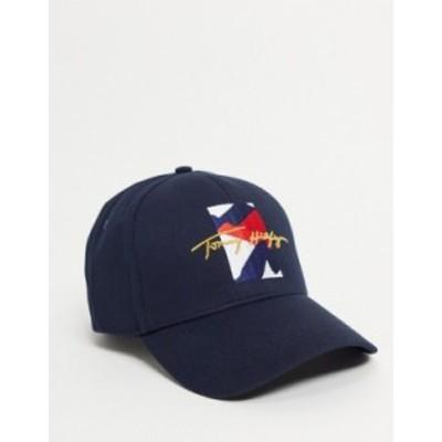 トミー ヒルフィガー メンズ 帽子 アクセサリー Tommy Hilfiger cap with signature logo in navy Desert sky
