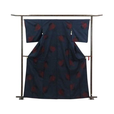 リサイクル着物 紬 正絹黒地紺絣雪輪模様袷大島紬着物