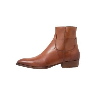 ブランコ ブーツ&レインブーツ メンズ シューズ BIABECK BOOT - Classic ankle boots - cognac