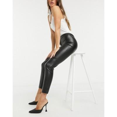 マンゴ レディース カジュアルパンツ ボトムス Mango faux leather skinny pants in black