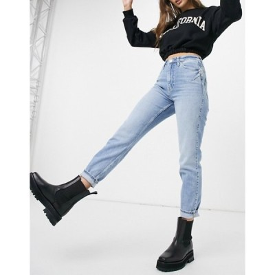 リバーアイランド レディース デニムパンツ ボトムス River Island Carrie comfort sculpt mom jeans in light auth blue