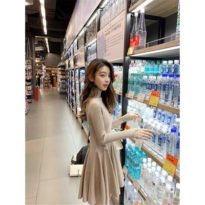 【送料無料】韓国ファッション  大人気 ハイカラー ニット ワンピース 女性  2019  春 新着 スリム ハイウエスト  Aライン  ショートドレス