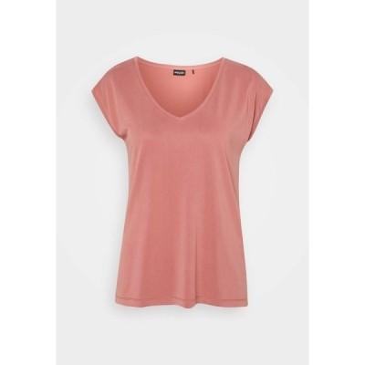 ピーシーズ Tシャツ レディース トップス PCKAMALA TEE - Basic T-shirt - canyon rose