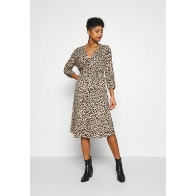 ヴィラ ワンピース レディース トップス VILITIN MIDI DRESS - Jersey dress - ginger root