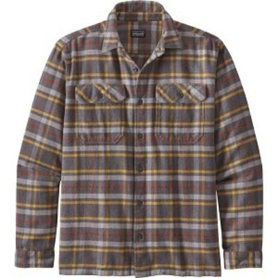 パタゴニア メンズ シャツ トップス Patagonia Men's Fjord Flannel Button Up Long Sleeve Shirt Independence/Forge Grey