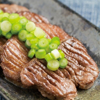 冷凍食品 業務用 厚切り牛タン 塩味 軟化処理 500g 両面にスリット入り 焼肉 ステーキ 自然素材 肉 牛タン