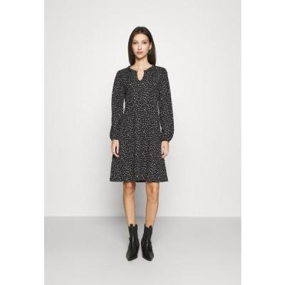 レディース ドレス ONLZILLE FRILLNECK DRESS - Day dress - black/white ditsy