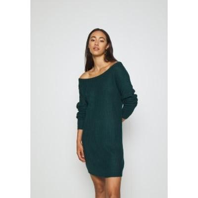 ミスガイデッド レディース ワンピース トップス AYVAN OFF SHOULDER JUMPER DRESS - Jumper dress - forest green forest green
