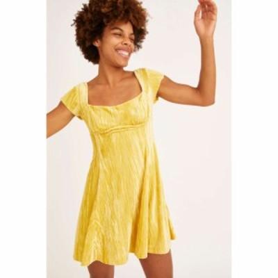 アーバンアウトフィッターズ Urban Outfitters レディース ワンピース ミニ丈 ワンピース・ドレス uo uma velvet cap sleeve mini dress