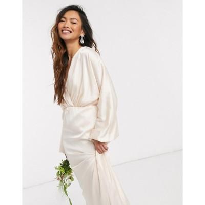 ティエフエヌシー レディース ワンピース トップス TFNC bridesmaids long sleeve sateen maxi dress in ecru