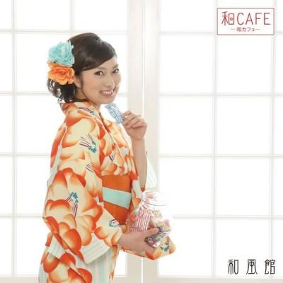 半額セール ! 京都の着物ブランド和風館の浴衣! 白と淡い水色のストライプ地に大きな椿柄