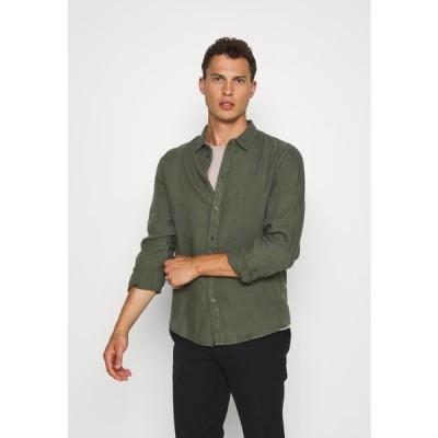 ピアワン メンズ ファッション Shirt - olive