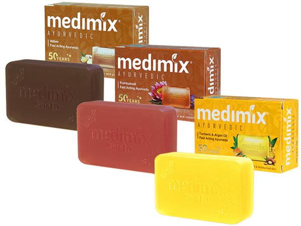印度MEDIMIX~綠寶石皇室藥草浴美肌皂(125g) 薑黃/藏紅花/岩蘭草 款式可選【D303660】