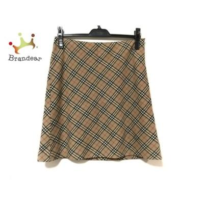 バーバリーブルーレーベル スカート サイズ38 M レディース 美品 - ベージュ×黒×レッド 新着 20201014