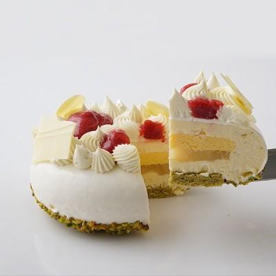 パティシエ 坂下寛志 監修 クリームチーズとホワイトチョコの贅沢ケーキ Le Festin(ル フェスタン)