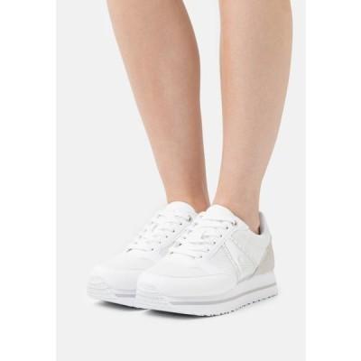 ベネトン レディース 靴 シューズ BULL - Trainers - white/silver