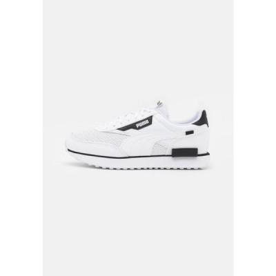 プーマ メンズ 靴 シューズ FUTURE RIDER CONTRAST UNISEX - Trainers - white/black