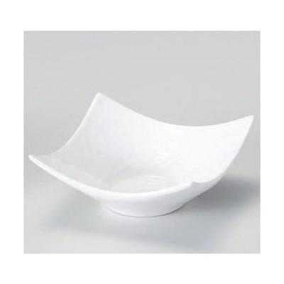☆ 小付 ☆白磁石目型角小鉢 (大) [ 9.7 x 3.8cm 135g ] 【 料亭 旅館 和食器 飲食店 業務用 】