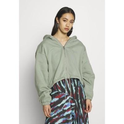 ウィークデイ パーカー・スウェットシャツ レディース アウター MIMI ZIP HODDIE - Zip-up hoodie - sage green