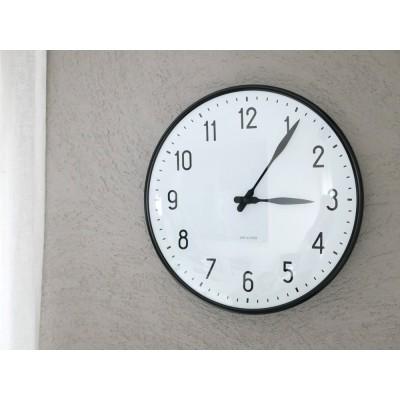 【ARNE JACOBSEN】 壁掛け時計 29cm /STATION(ステーション)