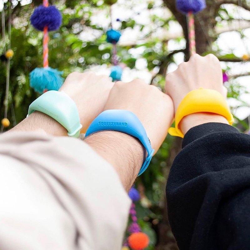 【3入組】SqueezyBand 蜘蛛人抗菌洗手環 洗手液分裝手環 (多色)