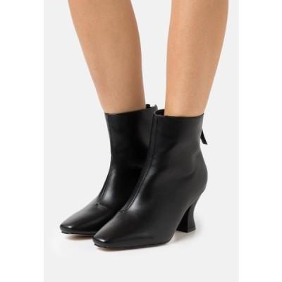 レディース 靴 シューズ WIDE FIT OLERIA - Classic ankle boots - black