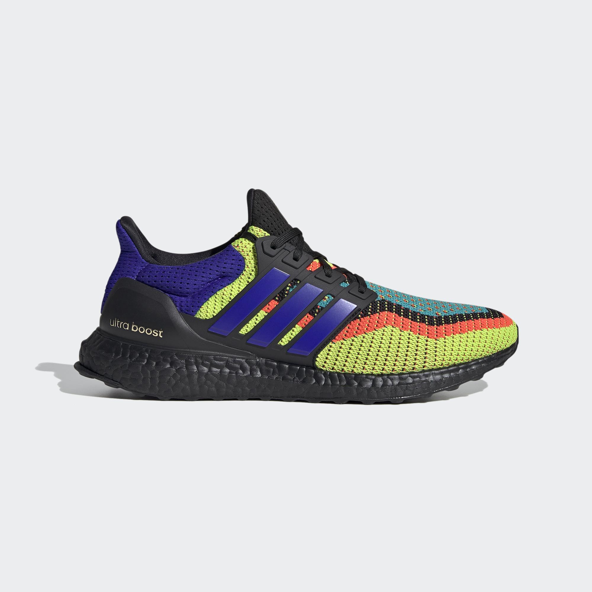 Ultraboost DNA 跑鞋