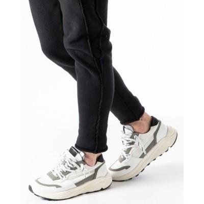 スニーカー stacking sneakers