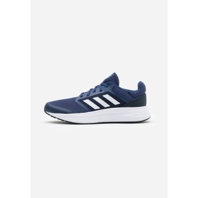 アディダス シューズ メンズ ランニング GALAXY  - Neutral running shoes - tech indigo/footwear white/legend ink