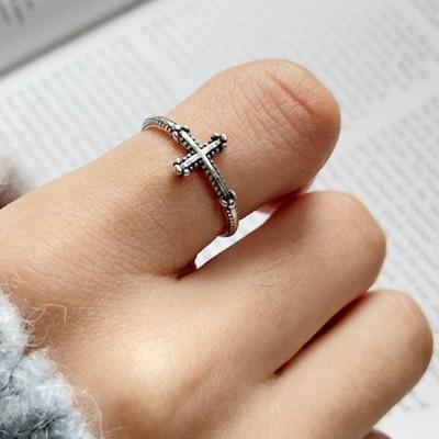 指輪 オープンリング アクセサリー レディース 女性用 細め クロス 十字架 銀色 シルバー925 サイズ調整可能 開口 レトロ風 かわいい おしゃれ