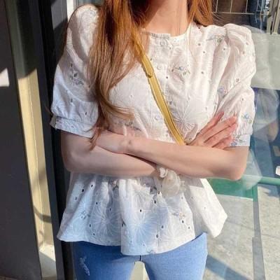 ブラウス レディース 40代 春夏 オシャレブラウス パフスリーブトップス白 韓国風 チュニック 花柄 半袖シャツ ゆったり 通勤 体型カバー 上品 Tシャツ
