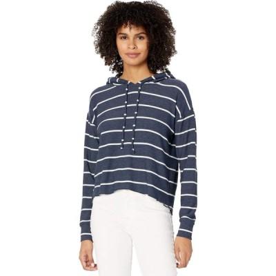 チェイサー Chaser レディース パーカー クロップド トップス Beach Stripes Cozy Knit High-Low Cropped Hoodie Stripe