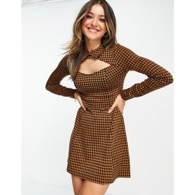 エイソス ミニドレス レディース ASOS DESIGN mini dress with collar and cut out detail in brown and black check print エイソス ASOS マルチカラー
