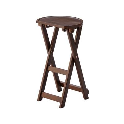 サイドテーブル使いもできる折りたたみ式スツール